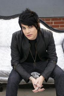 Adam-lambert-is-hot